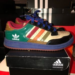 buy online 34de3 793cb adidas Shoes - Adidas Street Run III Size 4.5 GS